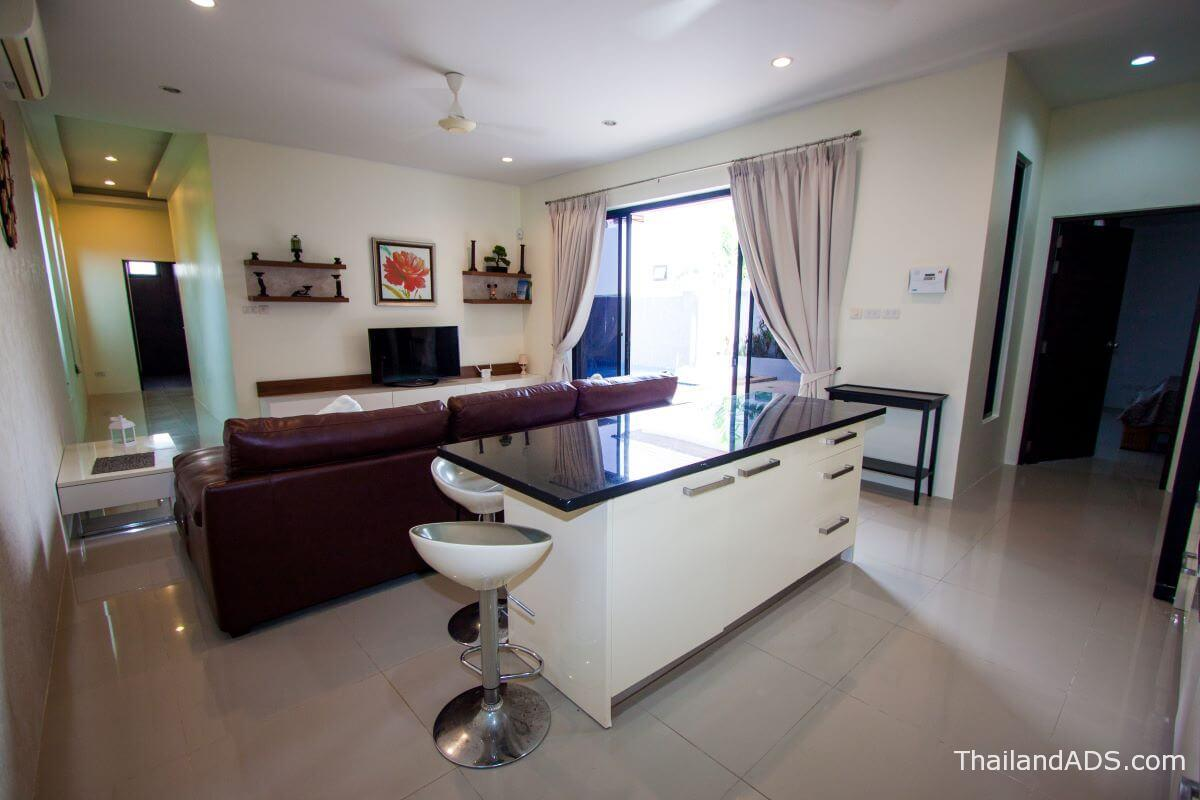 3_bedroom_villa_lerua_for_sale_rawai_phuket_kitchen_living2