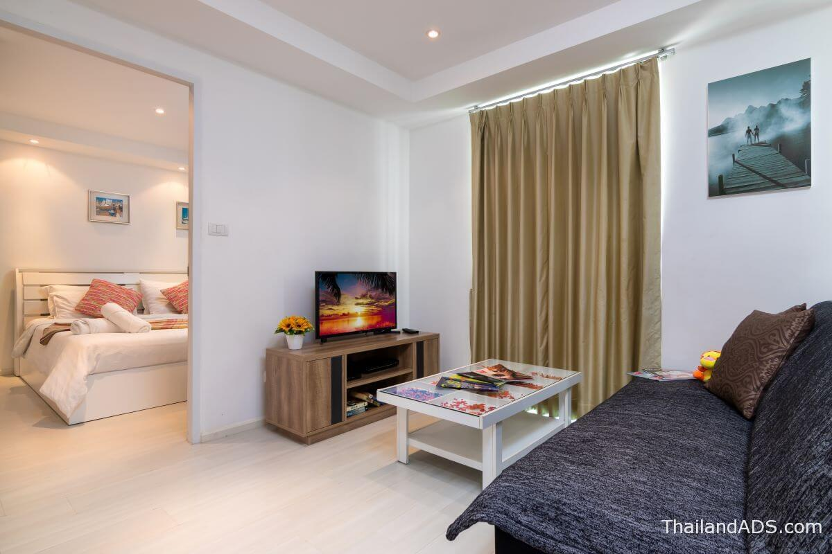 1_bedroom_foreign_freehold_condo_kata_ocean_view_phuket_living_bedroom2